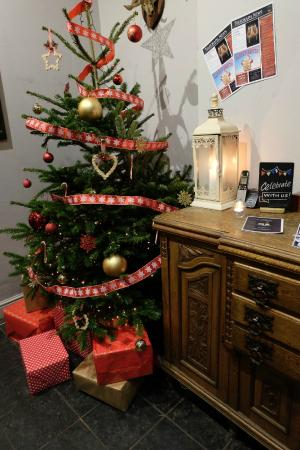 Christmas Season @ The Telegraph Putney - Picture of The Telegraph ...