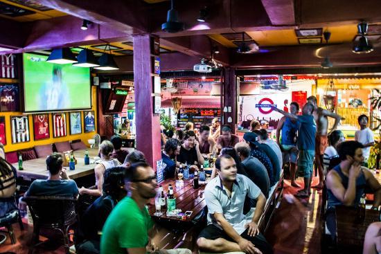 Reef Sports Bar & Restaurant: Reef Bar