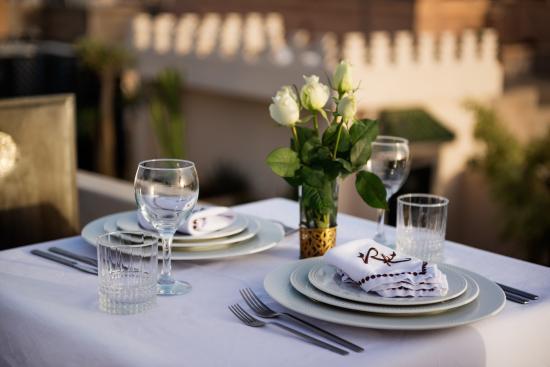 Riad Kheirredine: Restaurant