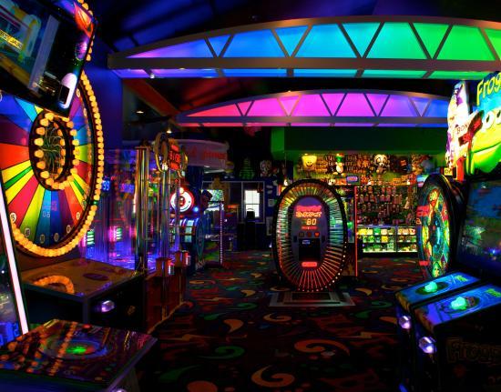 Blast Arcade & Laser Maze
