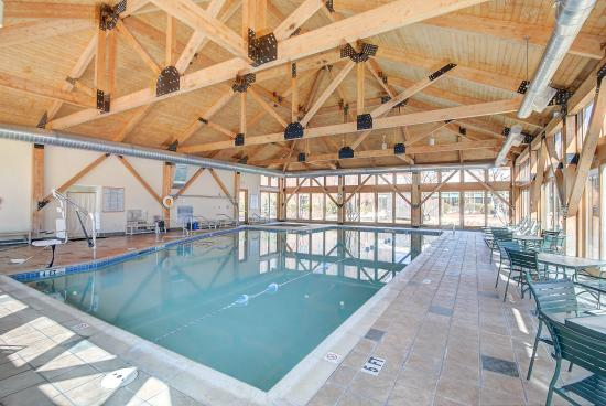 Southbridge Hotel And Conference Center: Pool