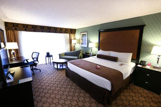 Crowne Plaza Oklahoma City: CPOKC King Guestroom