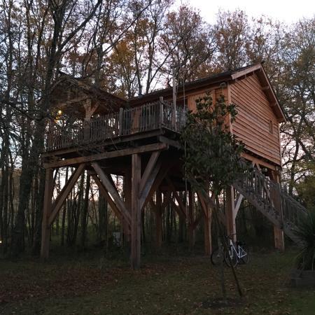 Gardegan-et-Tourtirac, ฝรั่งเศส: La cabane en l'air!