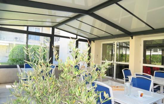 Appart 39 h tel odalys aix chartreuse aix en provence - Residence les jardins d arcadie aix en provence ...