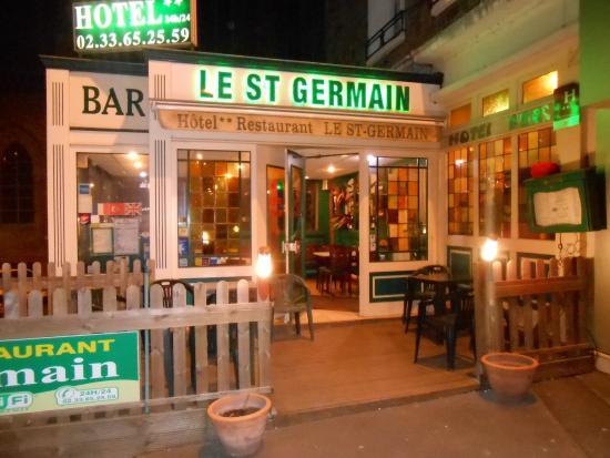 Hotel Le Saint Germain: Hotel Le St Germain extérieur