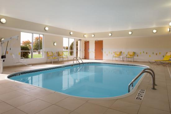 Fairfield Inn Suites Youngstown Boardman Poland