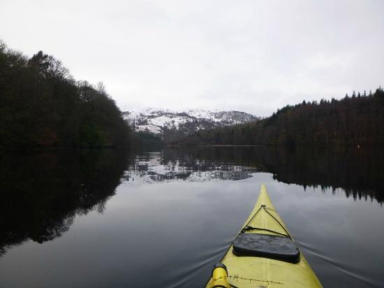 Blairgowrie, UK: Winter kayaking in Pitlochry area