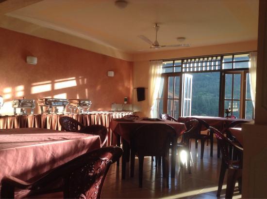 Rock View Motel: Restaurant with stunning views