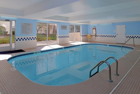Fairfield Inn & Suites Dayton Troy: Pool