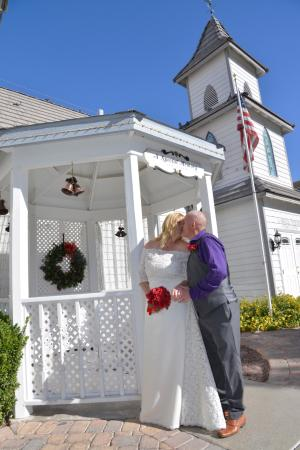 A Special Memory Wedding Chapel Aww