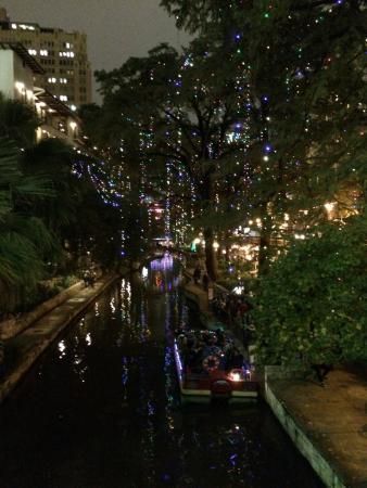 Drury Inn & Suites Riverwalk: San Antonio Riverwalk