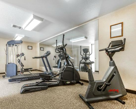 Comfort Inn: Workout Station