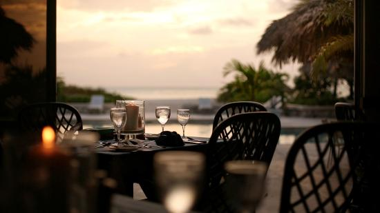 Pine Cay: Evening dining