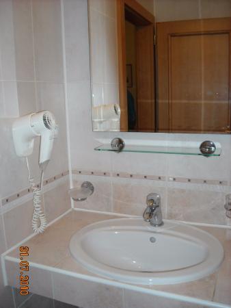 Alton: Bagno camera matrimoniale