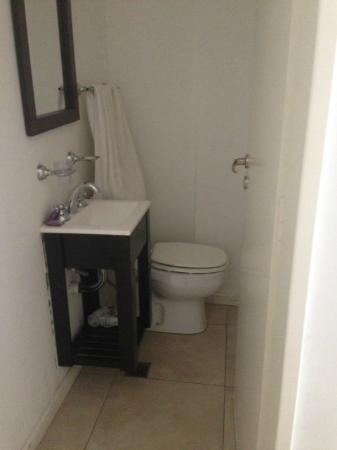 Arenales 2850: Lavabo