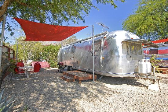 Palm Canyon Hotel Rv Resort Trailer