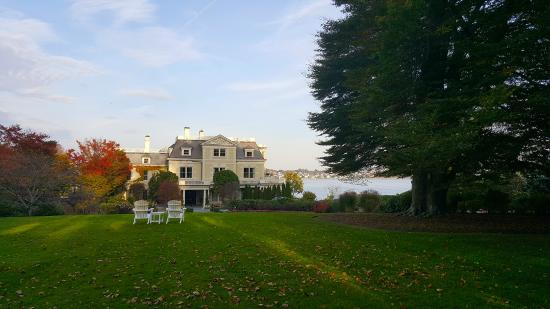 THE CHANLER AT CLIFF WALK - Prices & Hotel Reviews ...