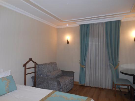 Hotel Bulvar Palas: chambre