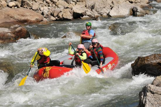 Salida Inn & Monarch Suites: Near by outdoor adventure; Brown's Canyon