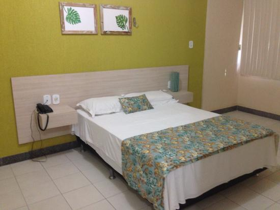 Apart Hotel Residence: Só a base da cama box, sem colchão