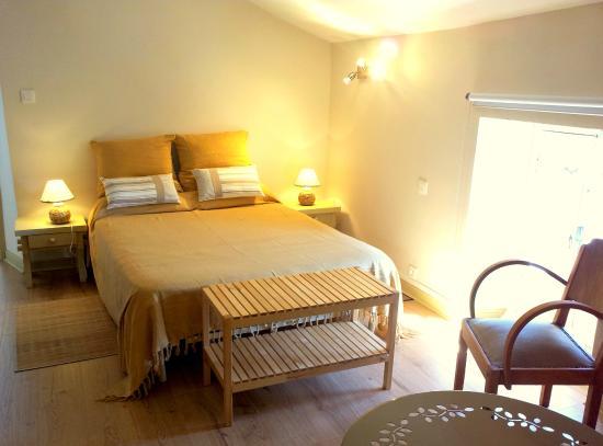 Saint Pierre de Riviere, Francja: chambre familiale de l'hotel la Barguillere