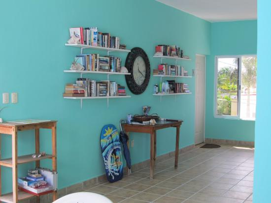 Coral Reef Inn : Books to read and a basket of island information