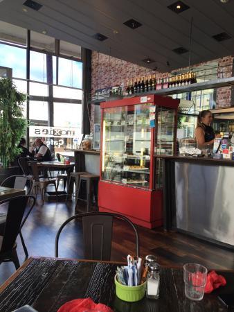 Moxies Cafe : photo0.jpg