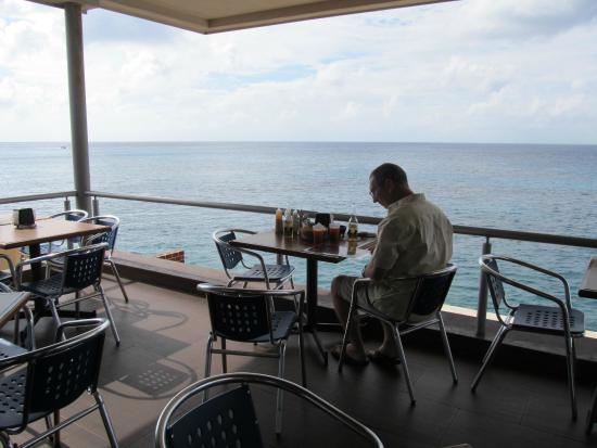 El Muellecito: Our favorite table