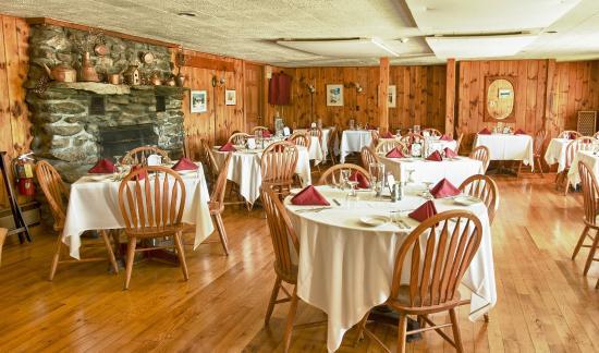 Mendon, VT: Dining Room