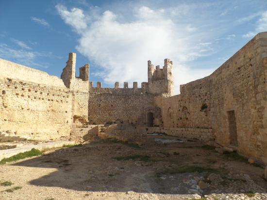 Alcala de Xivert, Hiszpania: El patio de armas.