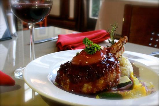 Saddleback Inn: Crusted double pork chop