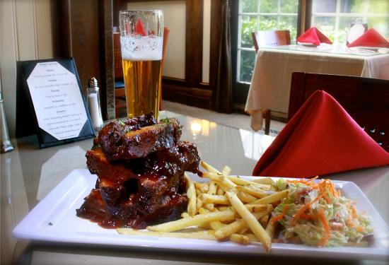 Saddleback Inn: Jenga ribs