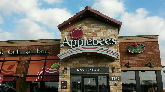 ‪Vineland Applebee's‬