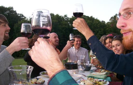 Shelburne Vineyard: Dinner in the Vineyard
