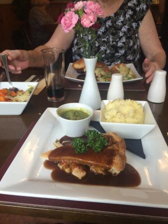 Clay Cross, UK: dinner