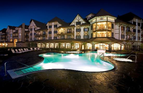 Boyne Mountain Resort Grand Lodge Pool