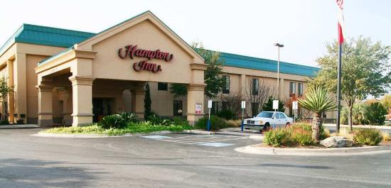 Hampton Inn Marble Falls-On The Lake: Exterior