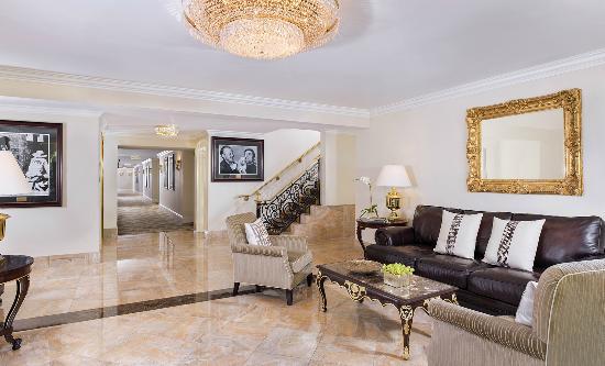 Pritikin Longevity Center & Spa: Villa Foyer