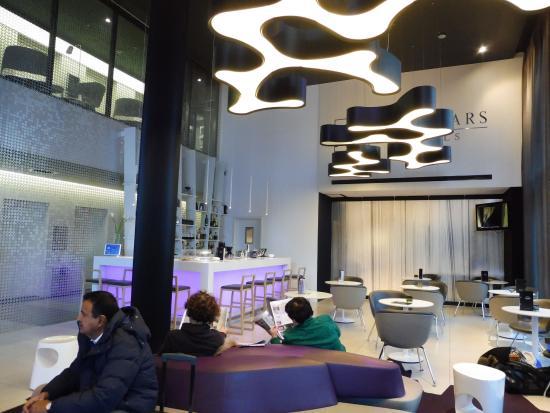Bar En La Recepcion Picture Of Eurostars Book Hotel Munich