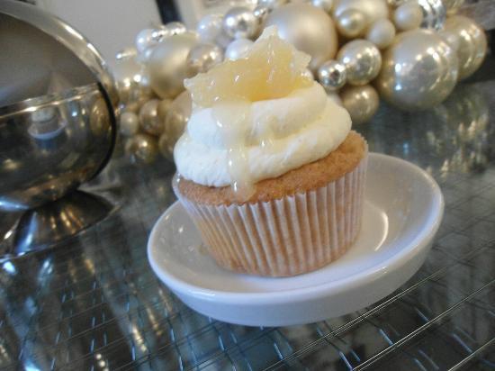 MR. CAKE COLOGNE - Lemon King Cup Cake