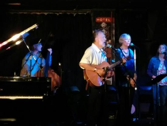 Live Entertainment at Pat's Pub