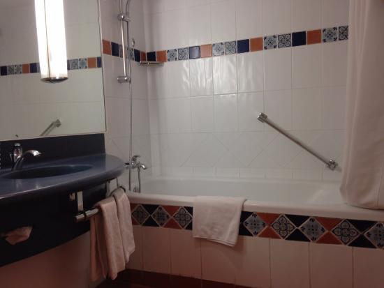 Novotel Mexico Santa Fe: banheiro