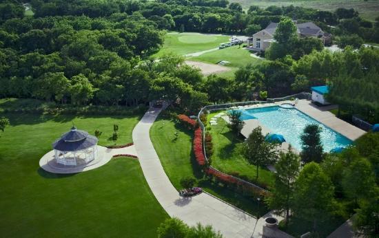 The Golf Club at Champions Circle