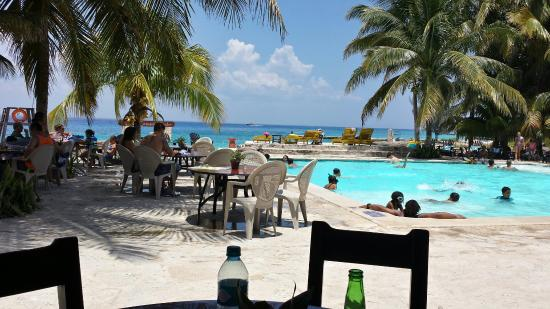 Great for snorkeling, food and tequila tour