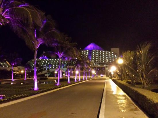 Paradisus Cancun: 20151207_221252_large.jpg