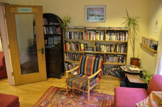 Hebden Bridge Hostel: The Snug