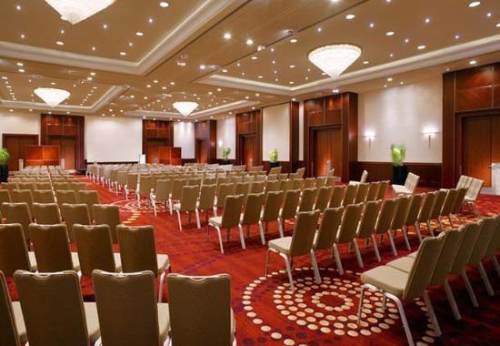 Berlin Marriott Hotel: Grand Ballroom - Theater Setup