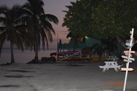 Turneffe Island, Belize: Beach