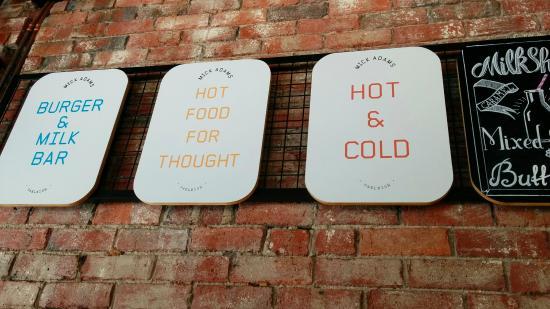 Oakleigh, Australien: Wall menu items