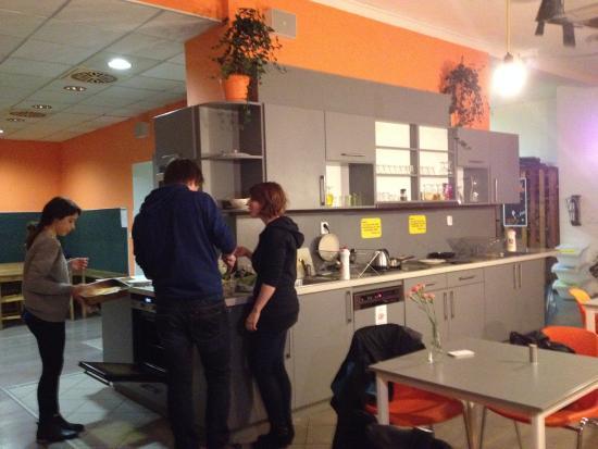 Hostel Downtown: Cocina